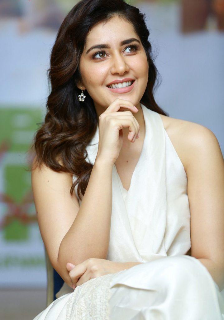 Actress Raashi Khanna bio
