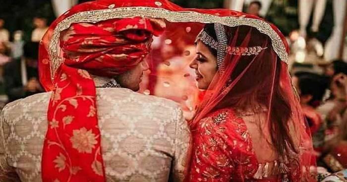 nalgonda mounika love marriage