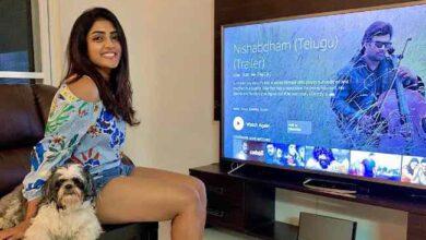 Photo of Eesha Rebba : తన పొట్టి కుక్కతో క్రేజీ లుక్స్ … ఫోటో వైరల్ !